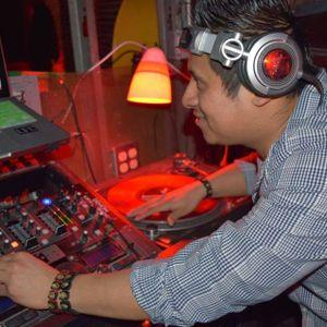 dj chumbito in the mix