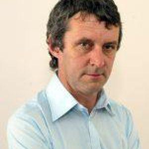 Irish Examiner Soccer Journalist Liam Mackey joins us.