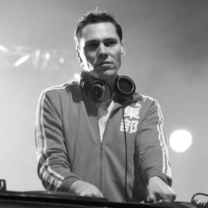 DJ Tiesto - Live at Sensation Amsterdam 01-07-2000