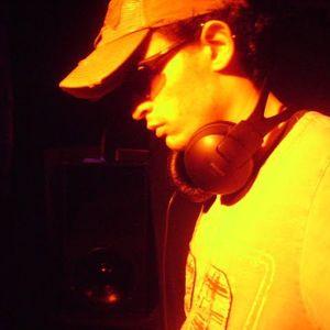 Dj Renan Bravo (tribal House Nervous mix)
