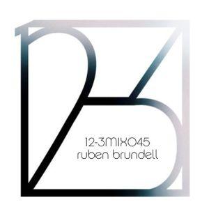 12-3 Mixshow 045 - Ruben Brundell