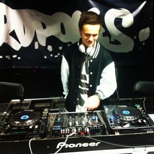 DJ MIX PARTY SONGS FEBRUARY 2013