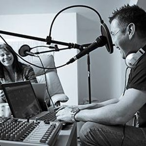 Unsigned Madness with Stephen & Anne