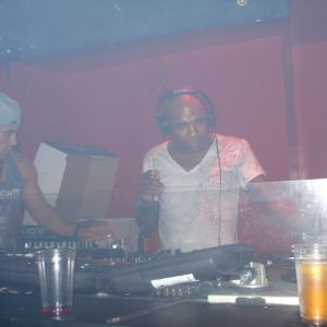 LIVE @ SANKEYS - 17.09.2011