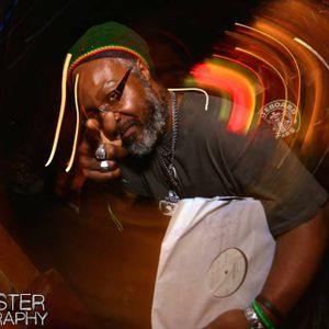 Roots Ghetto Show, with Ras Kayleb pt 3