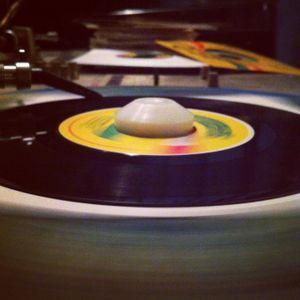 dj big dog - monday night mix tape - modern roots & culture -