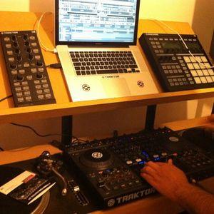 DJ RAZ JUNE TECH MIX