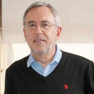 Juan Luis Bour con @HugoE_Grimaldi (Economista jefe de @Fundacion_FIEL )Periodismo A Diario 13/12/18