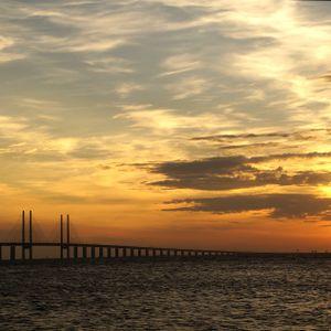 The Øresund bridge mix