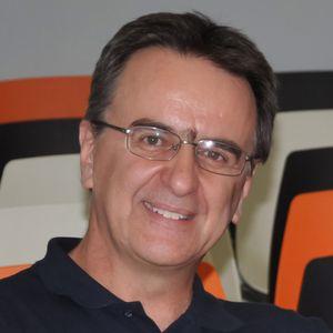 Ο Παναγιώτης Σιδηρόπουλος μιλάει για το Bookia στο Διονύση Λεϊμονή και στο Ράδιο 1 τής Μαγνησίας
