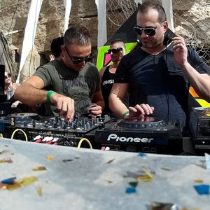 Luis Pitti & Alex Roque @ Hangover Day One (31 - 12 - 2015)