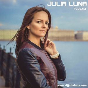 Julia Luna - November 2015