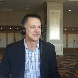 AJ Hinch on high expectations for his young Astros team, SI cover & how he keeps the team loose