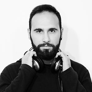 Radio Casteluccio presenta : Deep 'n' Friday  puntata 22\12\2017. 1a parte dj set KokkoVit