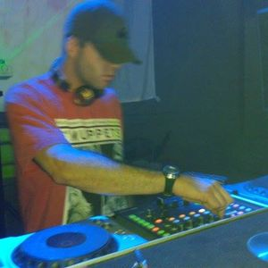 Nando Pascual @ set for Sala Cherokee (zamora) (house garage)