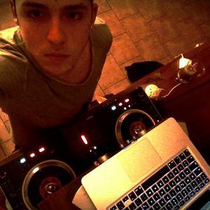 DJ Simon - Turntables on Fire