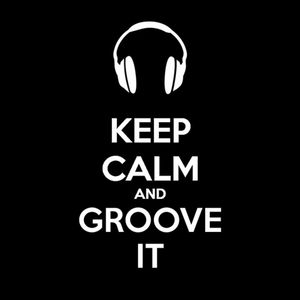 keep calm and groove it By khun