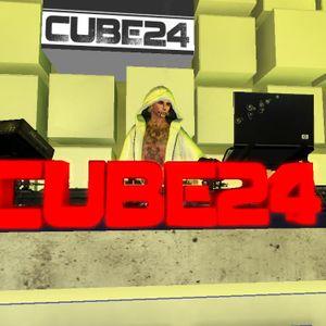 ռօɮօɖʏ Live@ Cube24 06.28.14