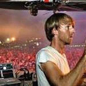 SET by RICHIE HAWTIN