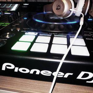 Treningezes.. Pioneer DDJ-RZX