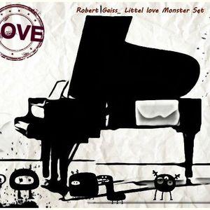 Robert Gaiss_Littel Love Monster_and of summer set