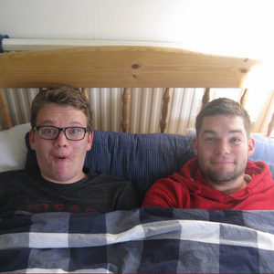 Snooze with Tal and Cal Podcast Wednesday 13th November 8am