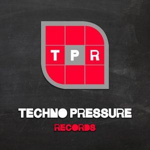 Jens Mueller @ Techno Pressure Radioshow 2012.06.26 - cuebase-fm