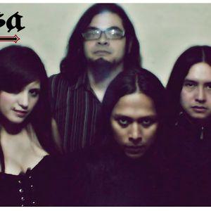 Radio Faro entrevista a una banda llamada Farsa el día 13 11 2012 por Radio Faro 90.1 fm!!