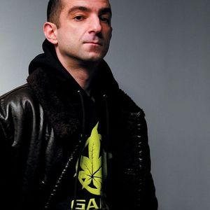 DJ Hype - Kiss 100 (05-04-2012)