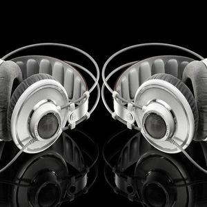DJSwiggle - Mix#2 - Reggae to Hip Hop 8-7-03 - Hot Shots