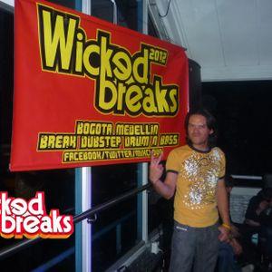 WICKED BREAKS PODCAST SESSIONS 2012 - ELECKTROMARIO