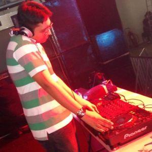 Live Set @ Pré-Reveillon Eletronico 2012