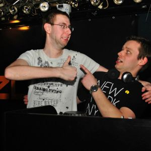DJ Nash & DJ Slepi @ Back 2 Back 7.Nebe Brno 13.9.2013