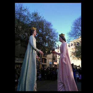 """Els gegants de Flix han participat en la """"trobada de gegants germans"""" de Sant Andreu de Palomar."""