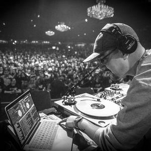 DJ Chonz - RJD2 Live January 2015