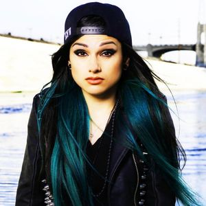 Sessions:CLOSED Sessions:Side B-Tracks By Snow Tha Product, EarthGang, Delorean, Chase N' Cashe