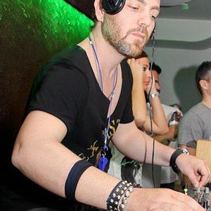 ''Chris Royal'' Mix (September 2012)