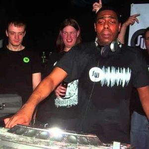 Sterling Styles - Deep Sessions Part 2 May 2000 (Equinox house mix)
