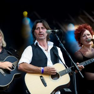 Folk Off! Show of Hands and Richard Shindel interview