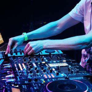 月牙湾 ✘ 我的梦 ✘ Trympsta # 中英最潮慢摇 #3 【 DJ FRENK 】