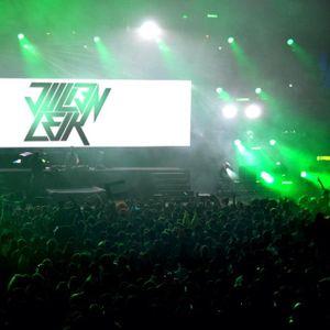 Julien Leik Is Back... (FunRadio Set 24/02/2013) Share & Party!