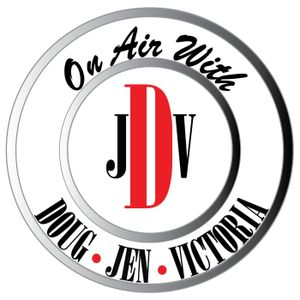 Gloria Vanderbilt's heir unknown, Shaquille O'neal partners with Papa Johns, Jon Stewart VS Mitch Mc