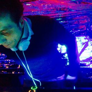 laurent jay ON AIR 01.02.'16 P2  'We party on monday'!!!