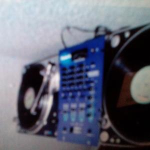 DJ SONIC FX       H O U S E     old skool