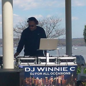 DJ Winnie C - Soulful Sunday Mix (4-7-19)