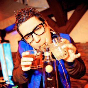 DJ Isaac B - Live At Myth 08.24.13