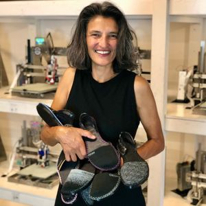 Choose to be Curious #106: Build a Better Shoe, with Casey Kerrigan, M.D.