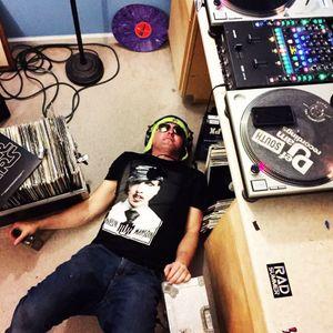 SOUL SHAKER - HUGH JEFFNER - RADIONEXT - RADIONOW 100.9 - 2016