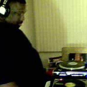 Dj Thomas Trickmaster E..Soulful/Deep/Underground/Club Vibes.Haveing Fun...Live Mix Session.