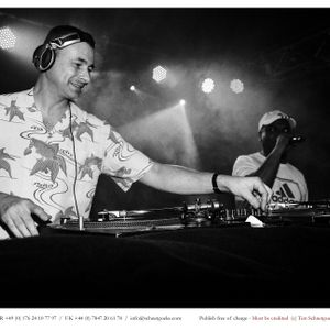 DJ Andy Smith & MC Honey Brown Live at The Mojo in Hamburg 17.5.14